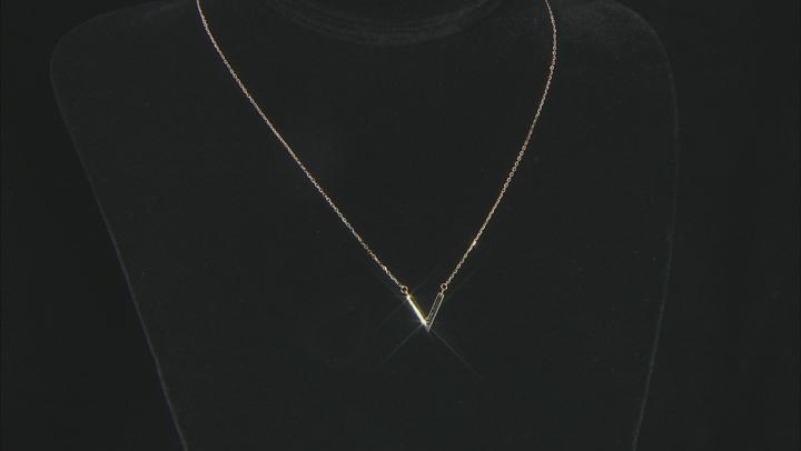 14K Yellow Gold Polished V Design 18
