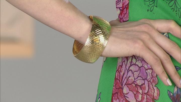 18k Yellow Gold Over Bronze Omega Bracelet 7.5 inch