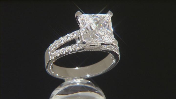 White Cubic Zirconia Silver Ring 7.40ctw (4.32ctw DEW)