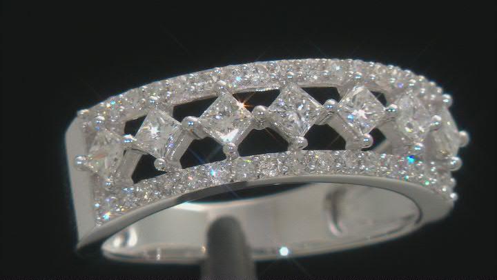 White Diamond 10K White Gold Ring 0.83ctw