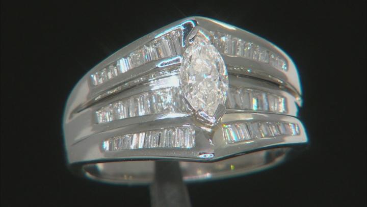 White Diamond Platinum Center Design Ring 1.28ctw