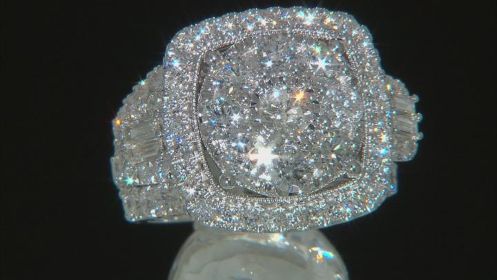 White Diamond 14K White Gold Cluster Ring 4.00ctw