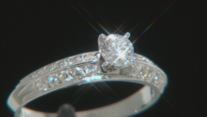 White Diamond 14k White Gold Solitaire Engagement Ring 0.70ctw