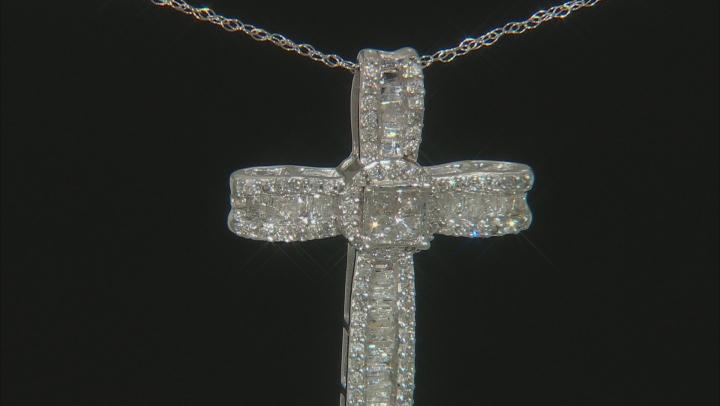 White Diamond 10k White Gold Cross Pendant With 18
