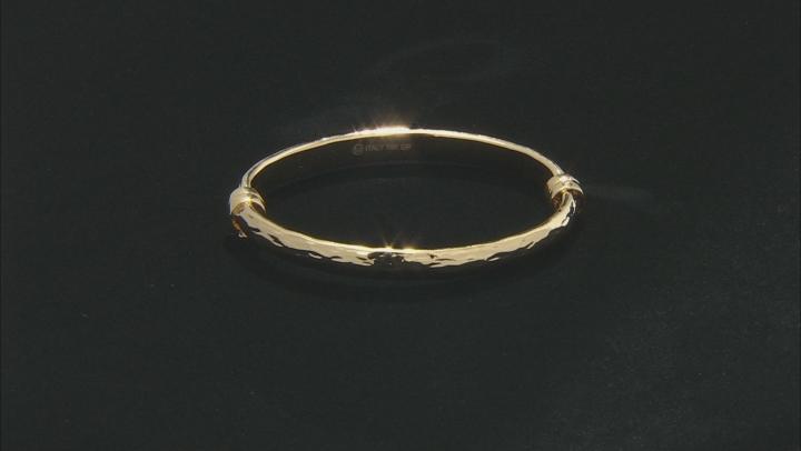 Moda Al Massimo Yellow Gold Over Bronze Diamond Cut Oval Hinged Clasp Bangle 7 Inches