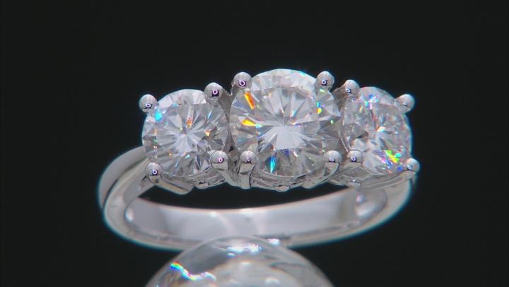 Moissanite Ring Platineve ™ 3.10ctw DEW