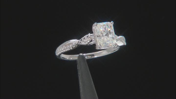 Moissanite Ring Platineve™ 1.80ct DEW