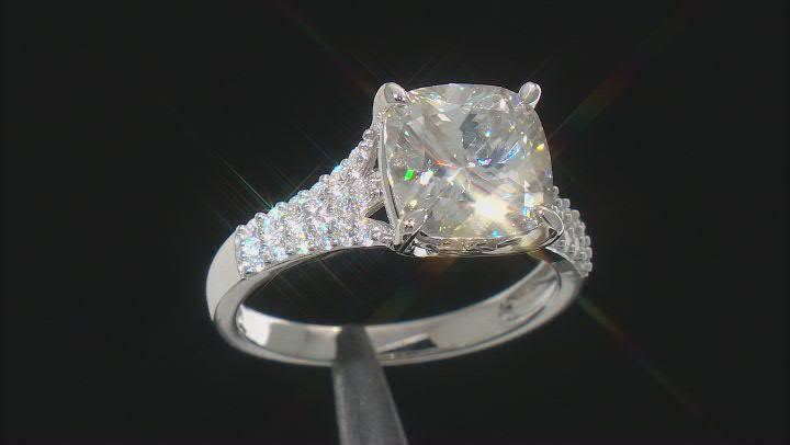 Moissanite Ring Platineve™ 5.58ctw DEW