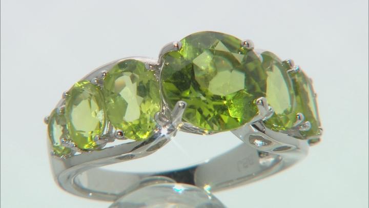 Green Manchurian peridot(TM) rhodium over sterling silver ring 5.58ctw