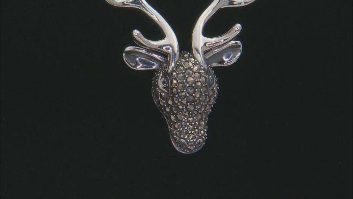 Swiss blue topaz sterling silver reindeer face brooch .03ctw