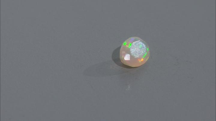 Ethiopian Opal 8x6mm Oval 0.60ct