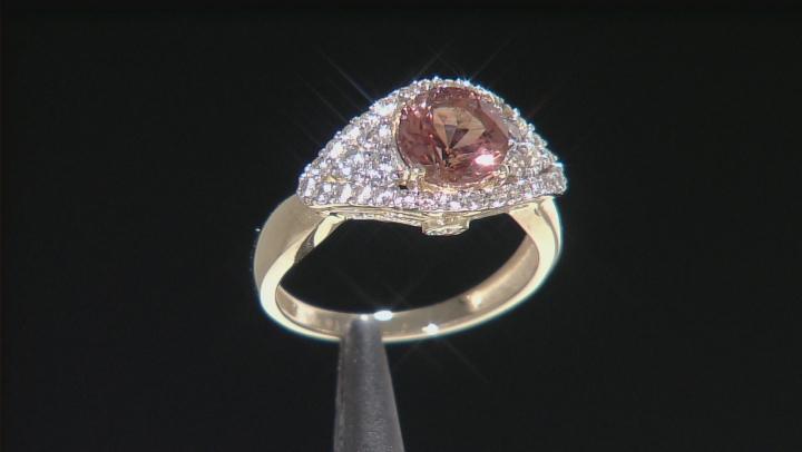 Red Oregon Sunstone 10K yellow gold ring 2.07ctw
