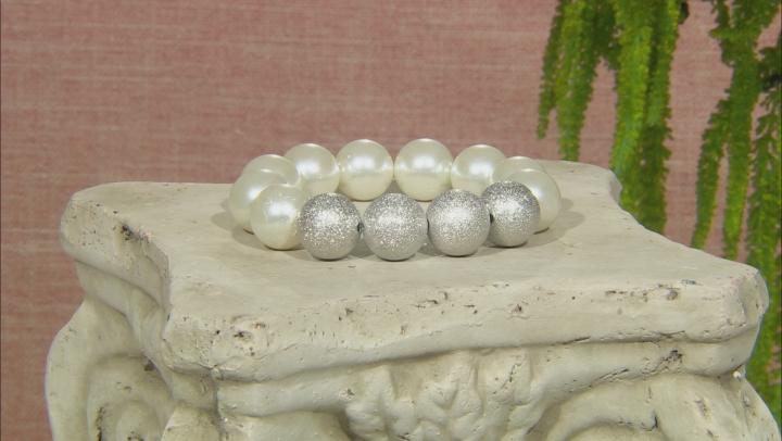 White Pearl Simulant Stretch Bracelet