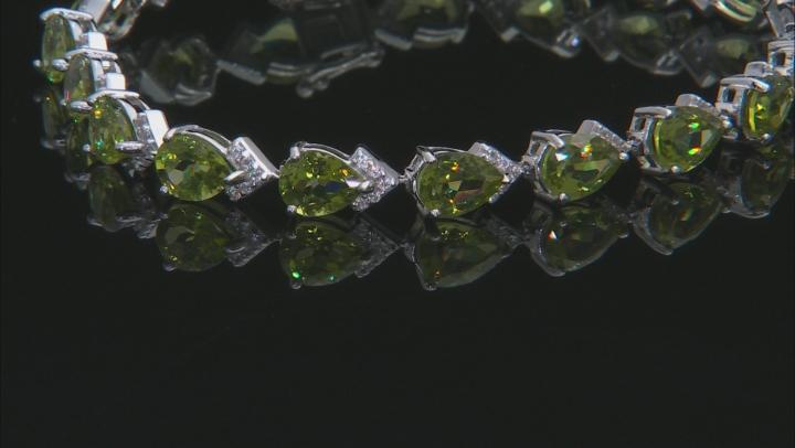 Green Peridot Sterling Silver Bracelet 18.20ctw
