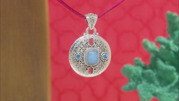 Cornflower Blue Quartzite Silver Pendant 0.58ctw